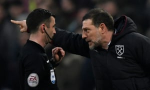 Slaven Bilic makes his feelings clear to the referee Michael Oliver