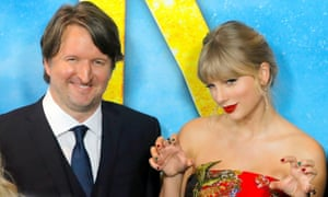 Claws out ... Hooper and Taylor Swift at the New York premiere of Cats.