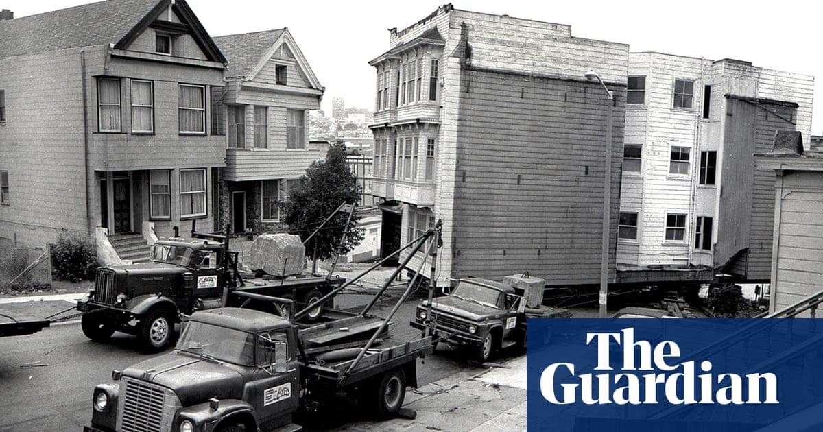 'Like moving a herd of elephants': San Francisco's history of houses on wheels