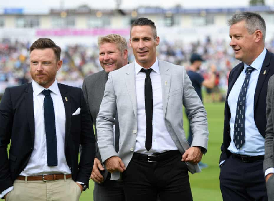 Simon Jones with his Ashes-winning colleagues Ian Bell (left), Matthew Hoggard (centre-left)) and Ashley Giles (right) in 2019.