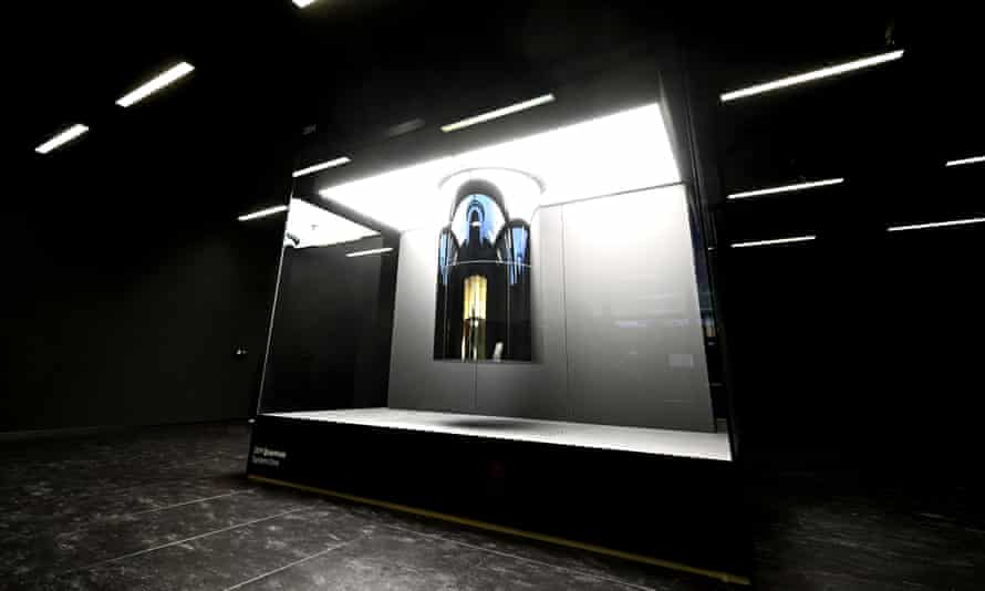 The first commercially used quantum computer, unveiled at IBM's German HQ in June this year.