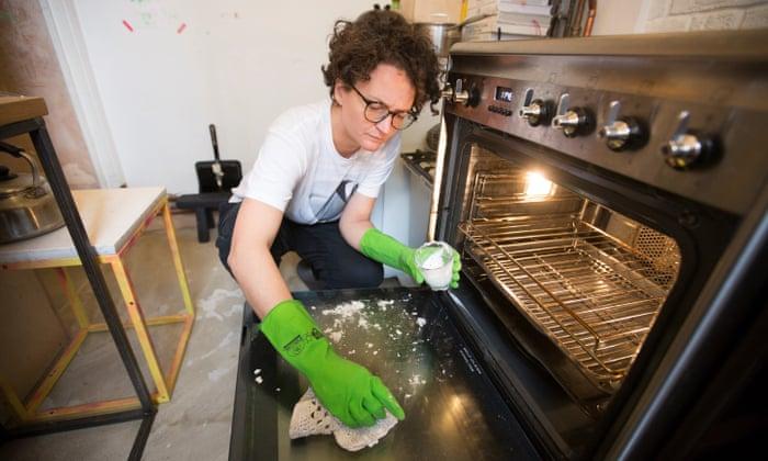 Bicarb, vinegar, lemon juice: how to clean your house – even