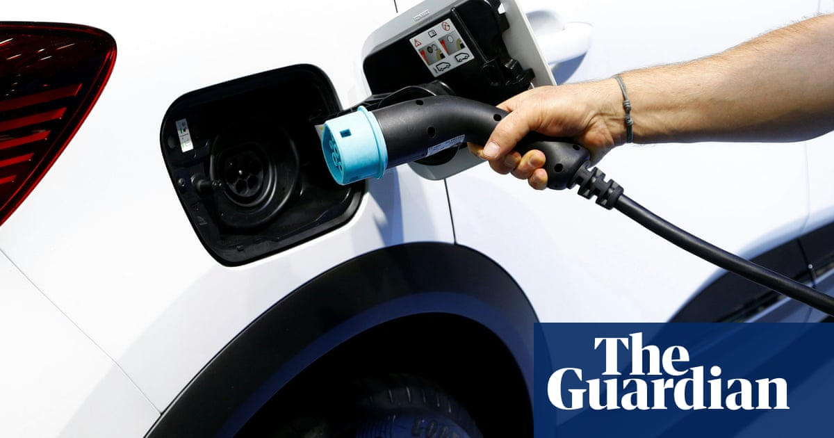 Car industry could see price war on hybrid vehicles in 2020