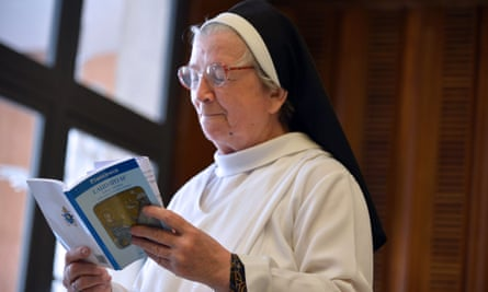 A nun reads Laudato Si'