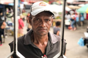 Edgar Alexander Gomez, who arrived in Maicao in February, participates in the Banco Amable project