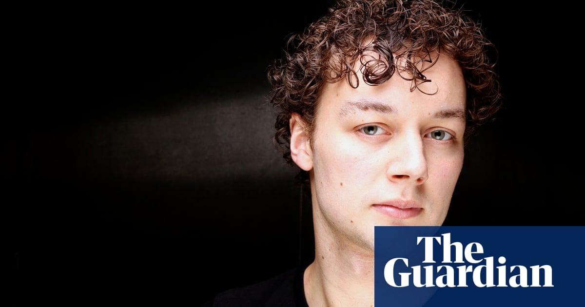 Liam Scarlett: inquest opens into ballet choreographer's death