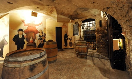 Dvorni Bar, Ljubljana
