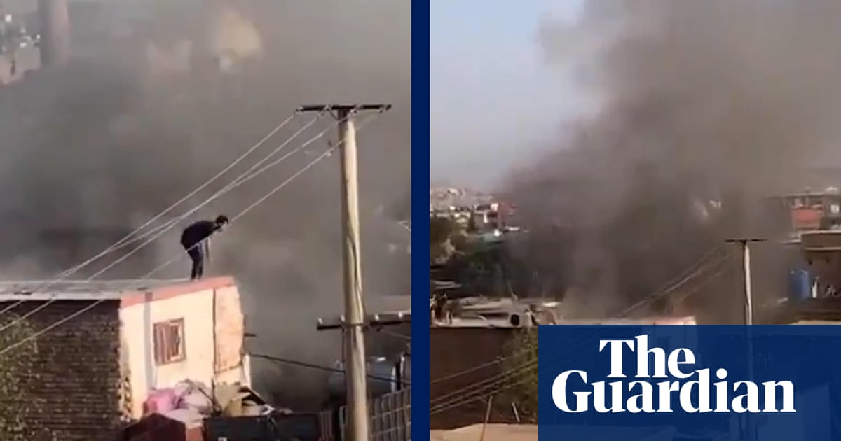 Smoke visible across Kabul after blast near airport – video