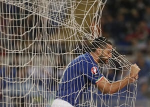 Italy''s Graziano Pelle' misses a chance in Rome.