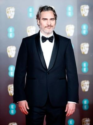 Joaquin Phoenix said before the award season that he would wear the same Stella McCartney suit to all of the ceremonies he attended. It looks as if the Joker star was true to his word.