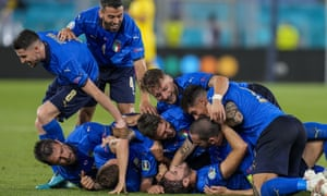 Italian team pile up on one another