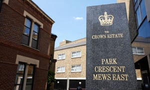 Crown estate sign in front of park crescent mews east