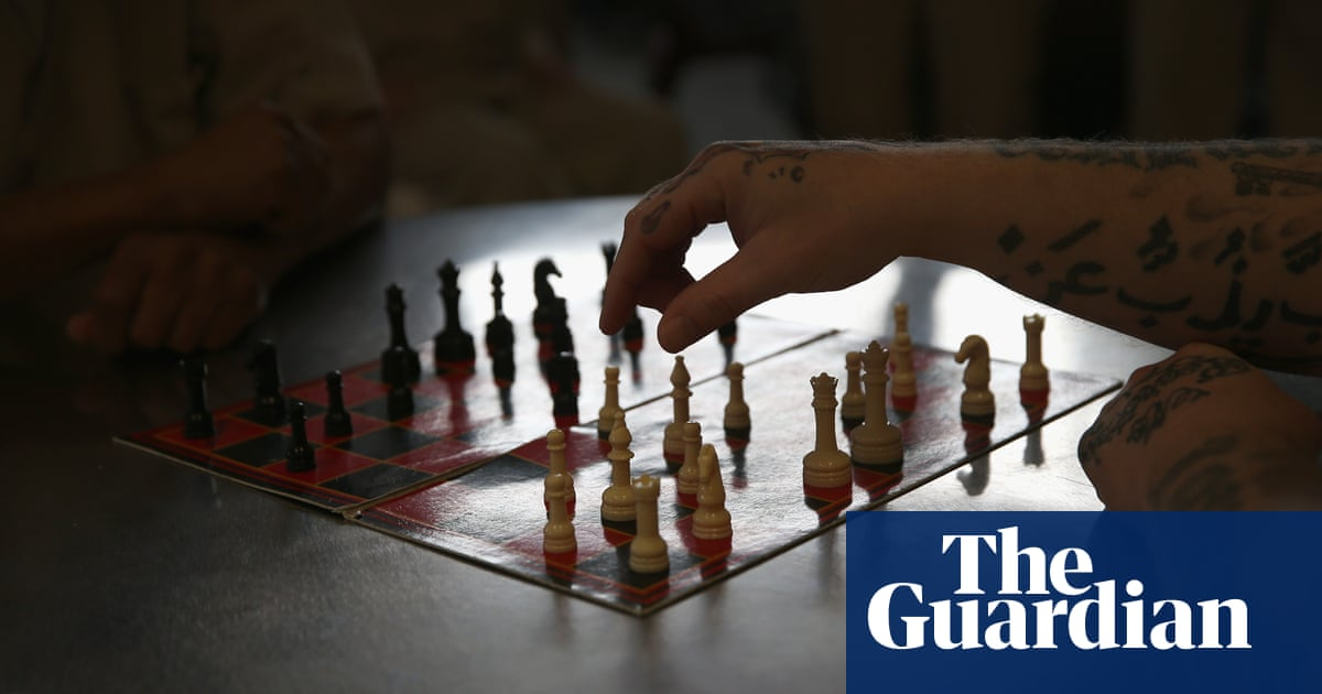 UK prisoners allowed to play chess in global online tournament
