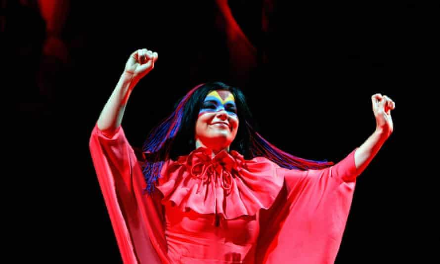 Björk performing in Switzerland in 2007.