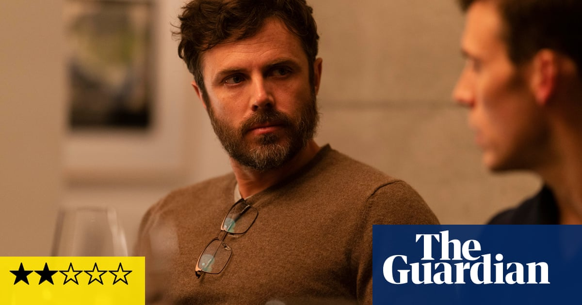 Every Breath You Take review – Casey Affleck fires blanks in trashy psychodrama