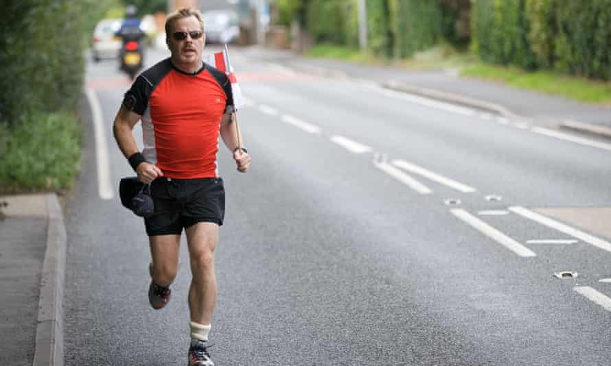 Izzard running for Sport Relief , 2009.