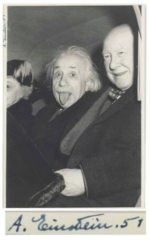 Einstein sticks his tongue out at photographer Arthur Sasse