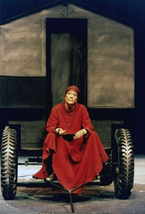 Jonathan Kent's production of David Hare's version of Mother Courage, staged at the National theatre in 1995, starred Diana Rigg.