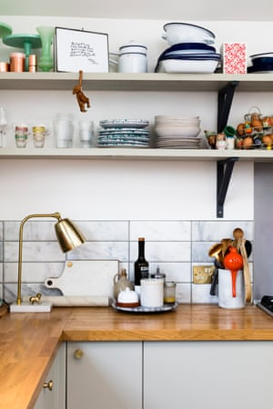 East London baker Isobel MacMillan Scott makes use of marble tiles and utilitarian metal brackets. And then there's that stellar brass lamp... @isobelbakes