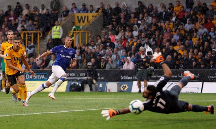 86943be1d Wolves  Raúl Jiménez pegs back 10-man Everton after Richarlison s double