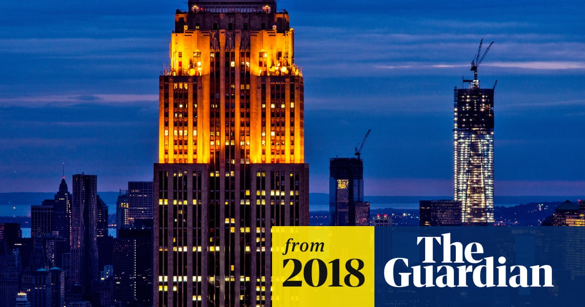 26ec425143dff2 New York City plans to divest  5bn from fossil fuels and sue oil companies