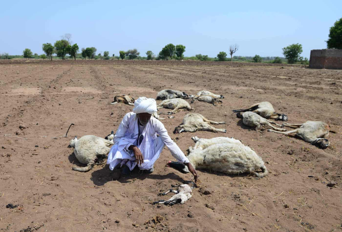 Indian villages lie empty as drought forces thousands to flee