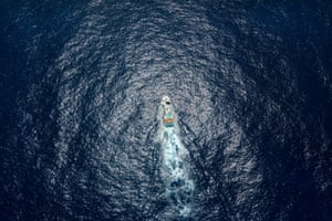 Shuen De Ching No. 888, a Taiwanese longliner caught fishing illegally, is pictured setting its longline in the high seas of the Pacific Ocean.<strong> <br></strong>