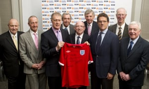 Gerry Byrne, second left, with members of the 1966 World Cup squad in 2010.