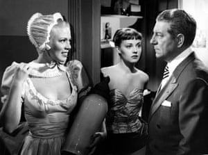Dora Doll, Jeanne Moreau and Jean Gabin in Touchez pas au grisbi, 1954