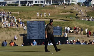 Phil Mickelson would rather forget his previous visit to Shinnecock Hills in the US Open and has asked the USGA to give golf a chance when the tournament returns for a fifth time.