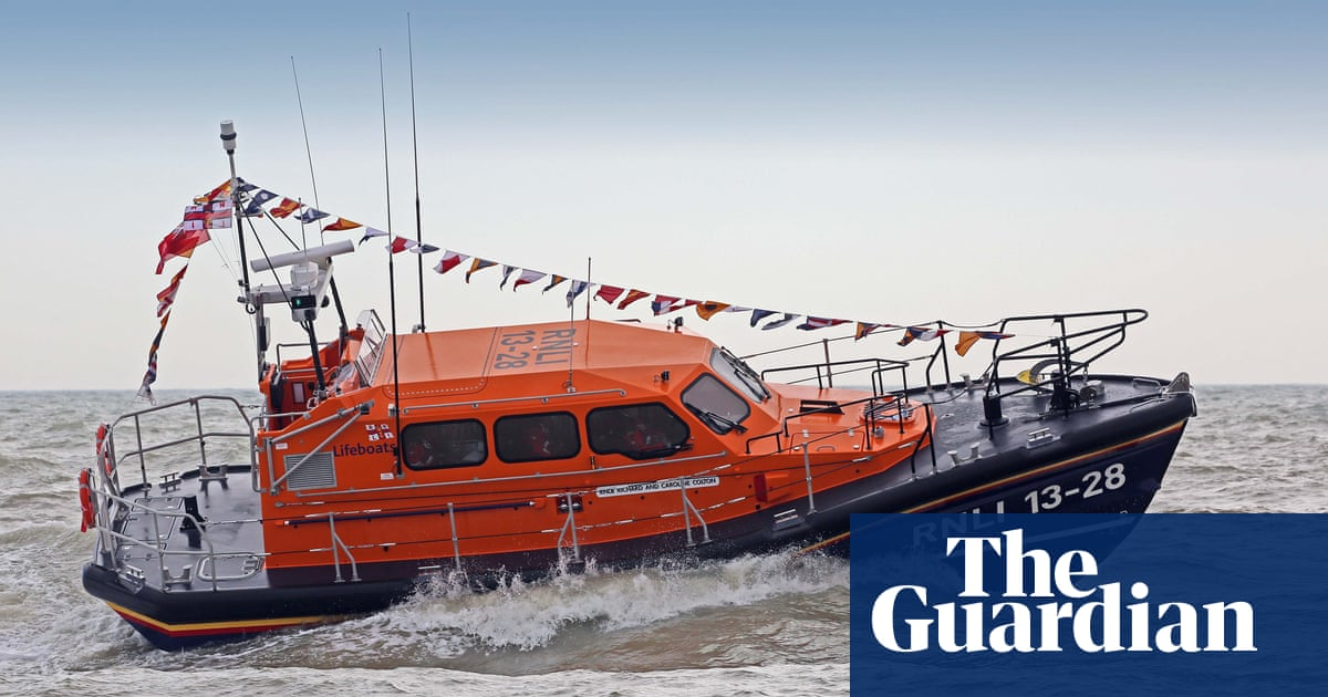 RNLI donations surge after Tory criticism of its work overseas