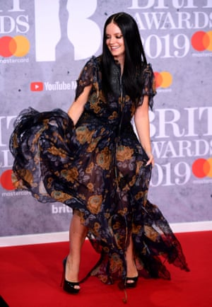 Lily Allen does her best Olly Alexander impression.