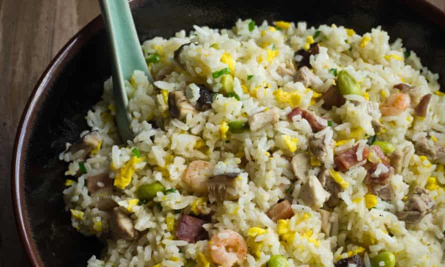 Fuchsia Dunlop's yangzhou fried rice
