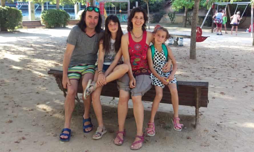 Elisa Minguella and family