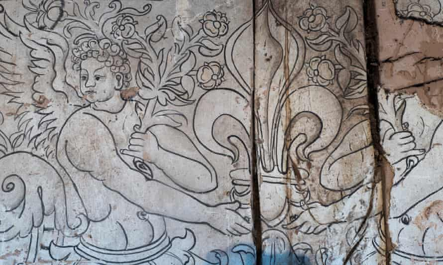 One of the Renaissance wall paintings at Church House Farm in Herefordshire.