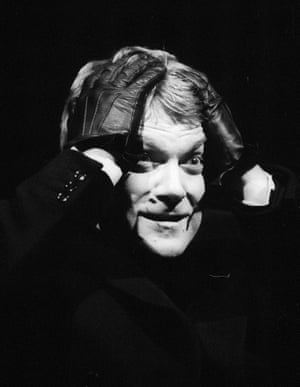 Kenneth Branagh (Hamlet) in an RSC production at the Barbican theatre in 1992.