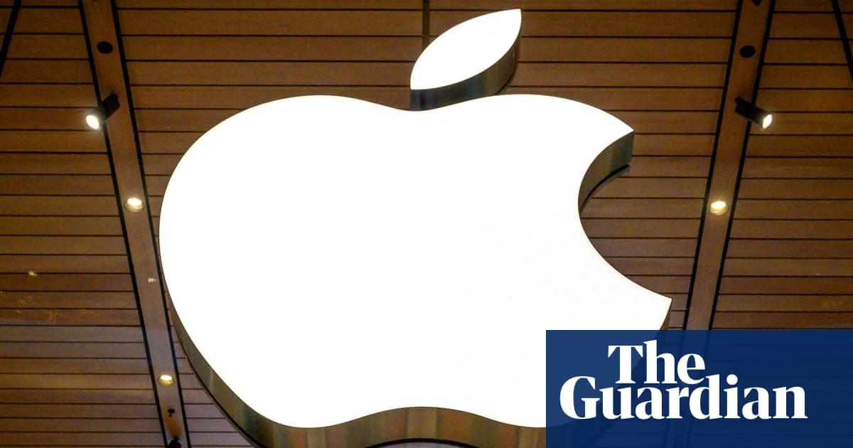 Apple's automotive ambitions dealt blow as car chief joins Ford