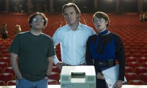 Kate Winslet as Apple marketing executive Joanna Hoffman, with Michael Fassbender and Michael Stuhlbarg