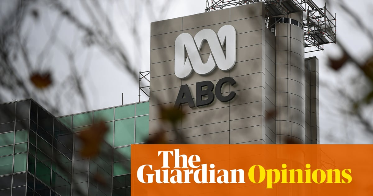 Siege mentality as Four Corners bursts Canberra bubble   The Weekly Beast