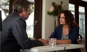 Guy Pearce as Jack Irish with Danielle Cormack, who plays psychiatrist Dr Rory Finch