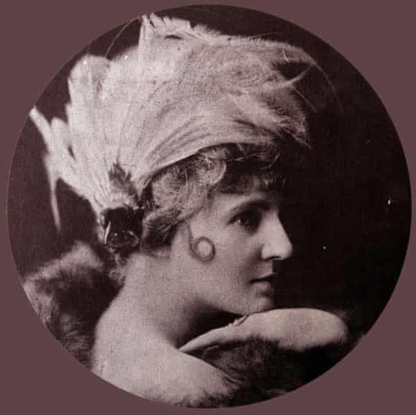 The Biograph Girl … Florence Lawrence (1886-1938), Canadian-American actor.
