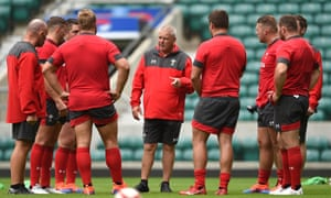 Warren Gatland addresses his Welsh side