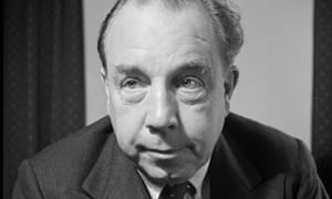 John Boynton Priestley (JB Priestly).