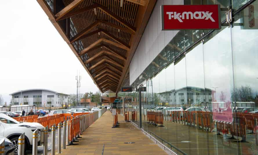 A retail centre in Taplow, Buckinghamshire, is deserted in the run-up to Christmas