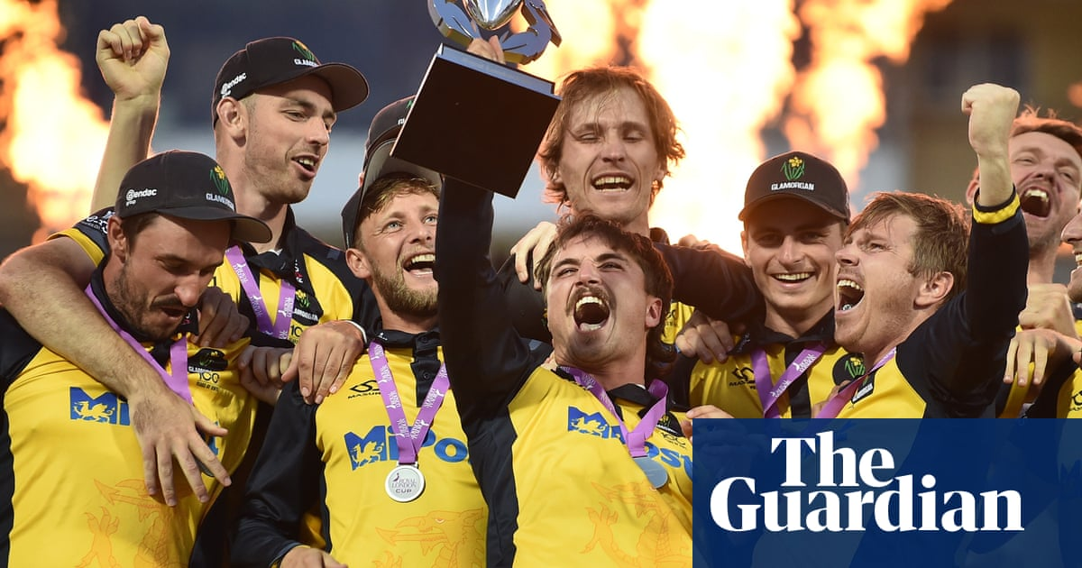 Carlson helps Glamorgan rewrite script with One-Day Cup win over Durham