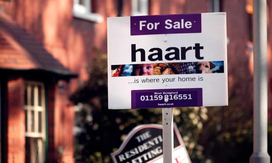 Estate agent's for sale board