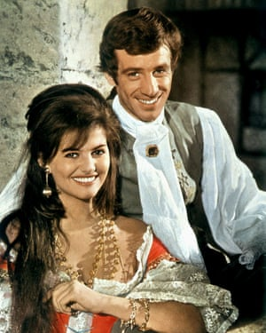Jean-Paul Belmondo and Claudia Cardinale in Swords of Blood (Cartouche), 1962