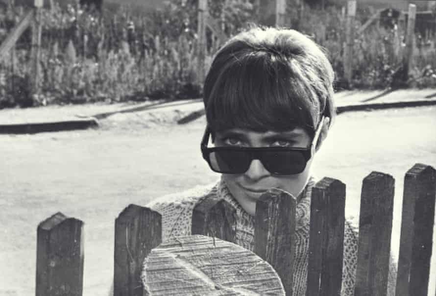 Mészáros's 1968 film The Girl.