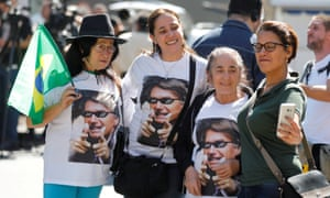 Jair Bolsonaro is not without female supporters, such as these women in São Paulo.
