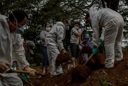 Brazilian gravediggers at work at Vila Formosa. Paulo Lotufo, a University of São Paulo epidemiologist, hailed gravediggers as the unsung heroes of the pandemic.